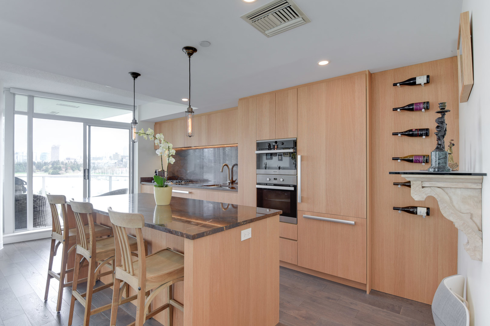 12-1-of-1 at 807 - 633 Kinghorne Mews, Beach Crescent (Yaletown), Vancouver West