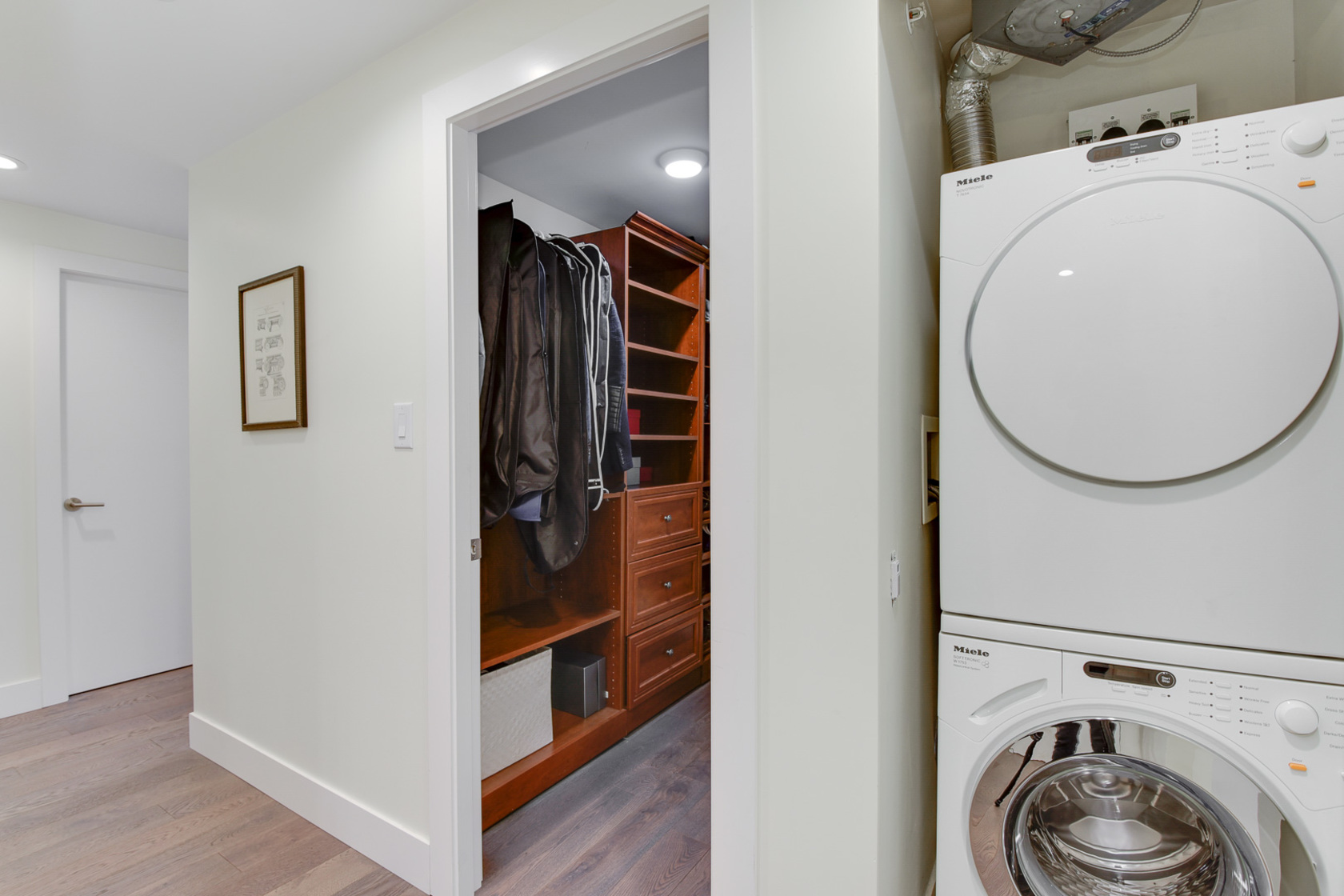 21-1-of-1 at 807 - 633 Kinghorne Mews, Beach Crescent (Yaletown), Vancouver West