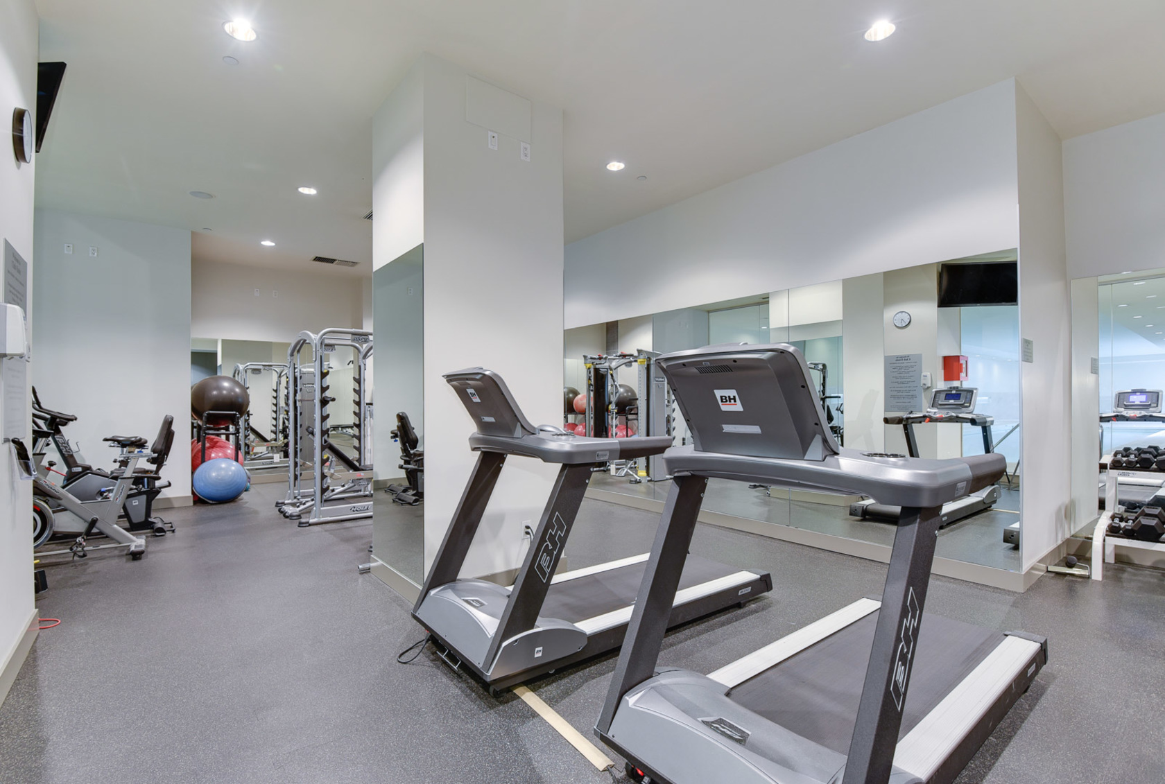 24-1-of-1 at 807 - 633 Kinghorne Mews, Beach Crescent (Yaletown), Vancouver West