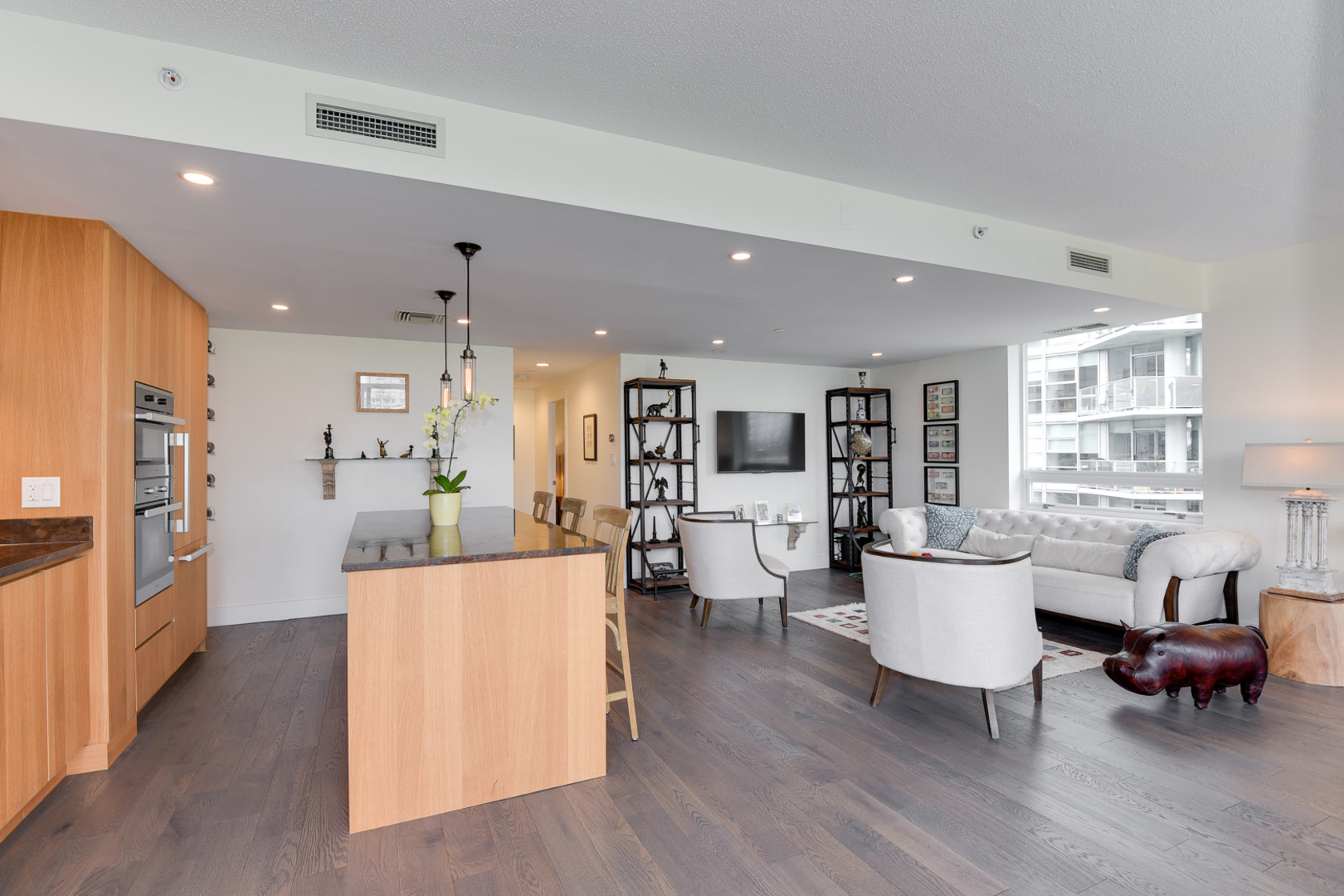 3-1-of-1 at 807 - 633 Kinghorne Mews, Beach Crescent (Yaletown), Vancouver West