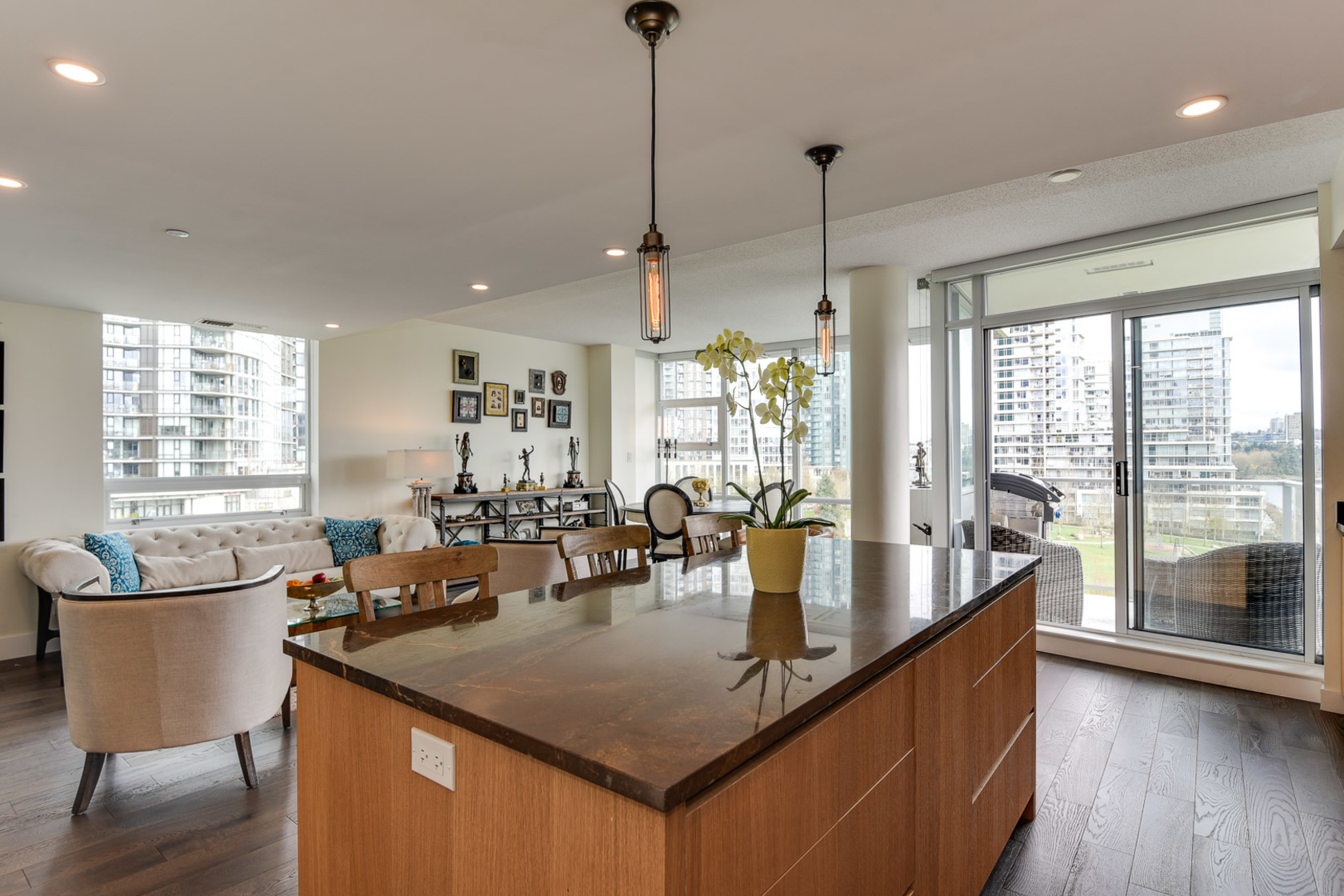 9-1-of-1 at 807 - 633 Kinghorne Mews, Beach Crescent (Yaletown), Vancouver West