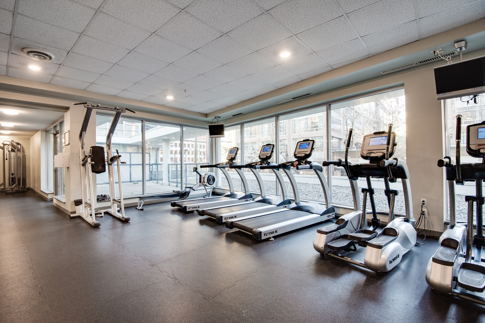 18 at 801 - 939 Expo Boulevard, Yaletown, Vancouver West