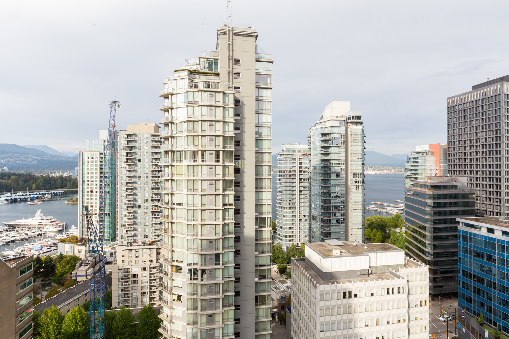 31 at 1905 - 1211 Melville Street, Coal Harbour, Vancouver West