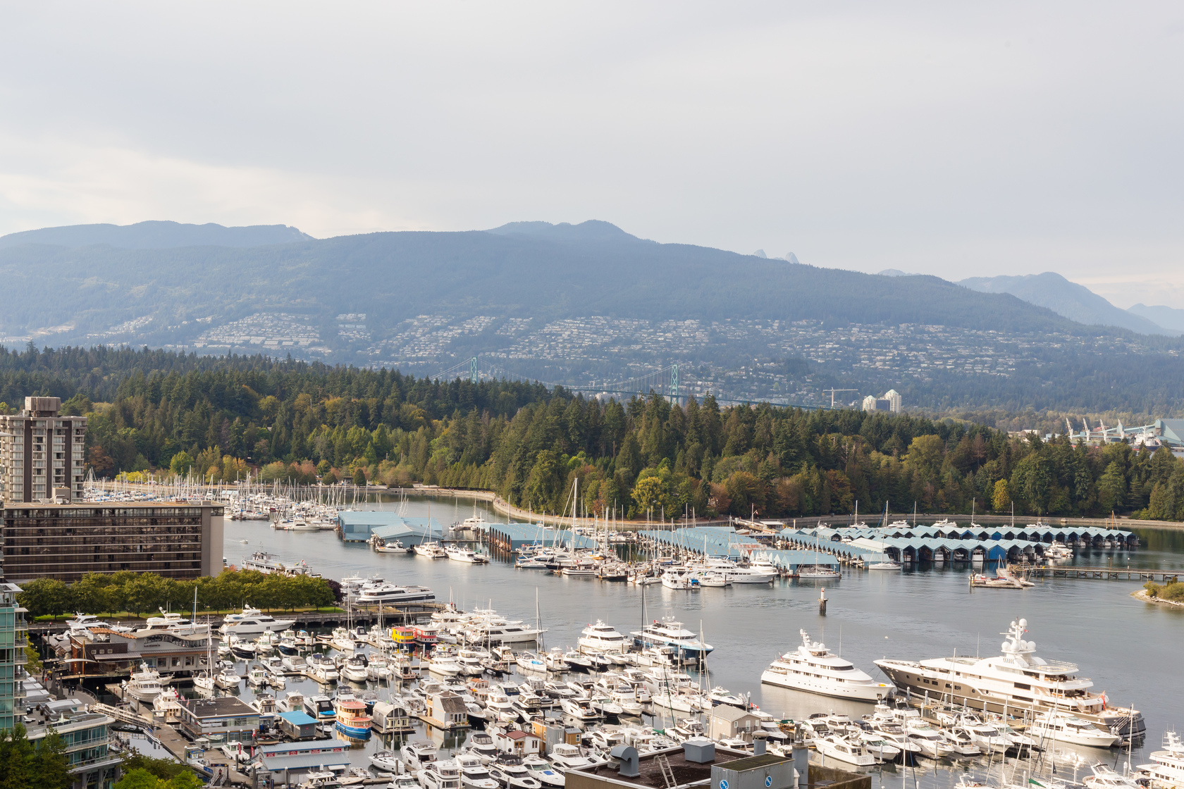 33 at 1905 - 1211 Melville Street, Coal Harbour, Vancouver West