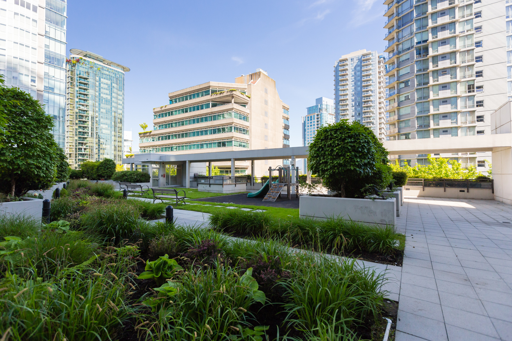 39 at 1905 - 1211 Melville Street, Coal Harbour, Vancouver West