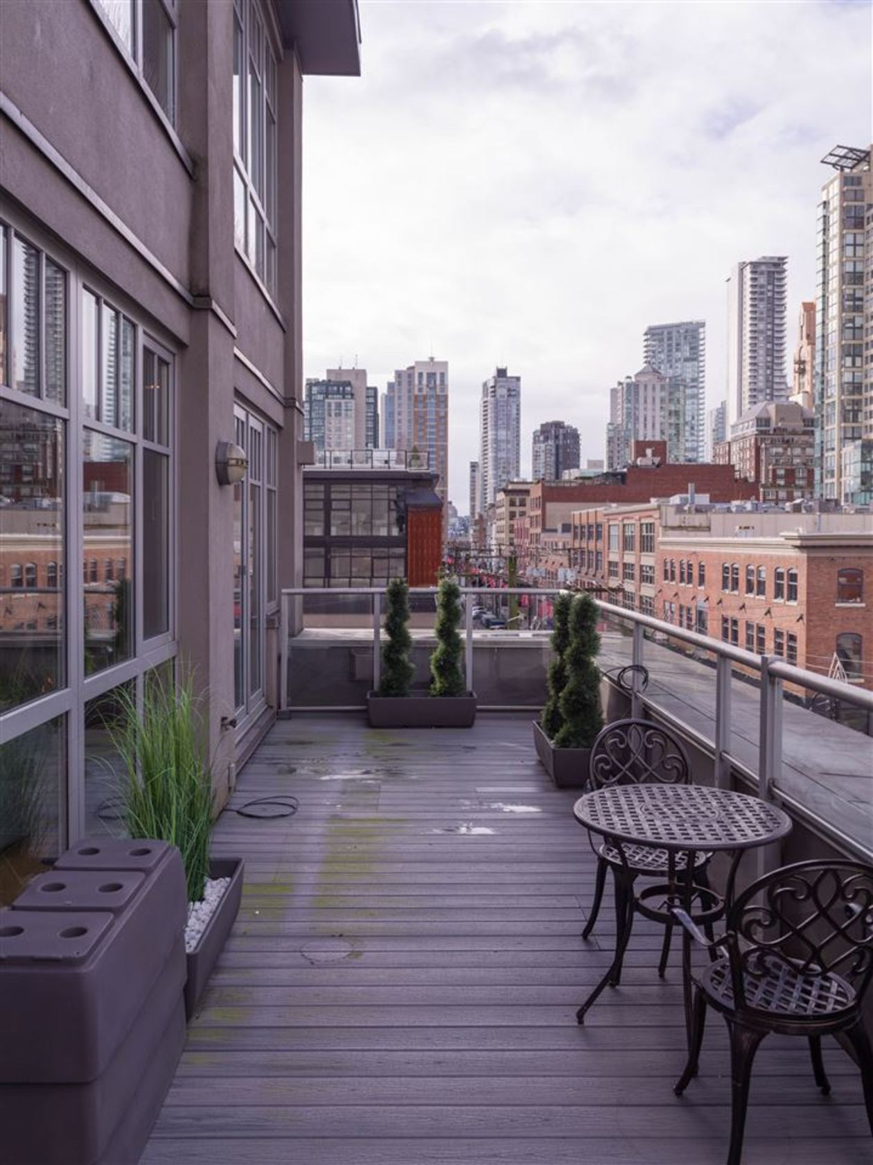 262455089-15 at 501 - 1072 Hamilton Street, Yaletown, Vancouver West