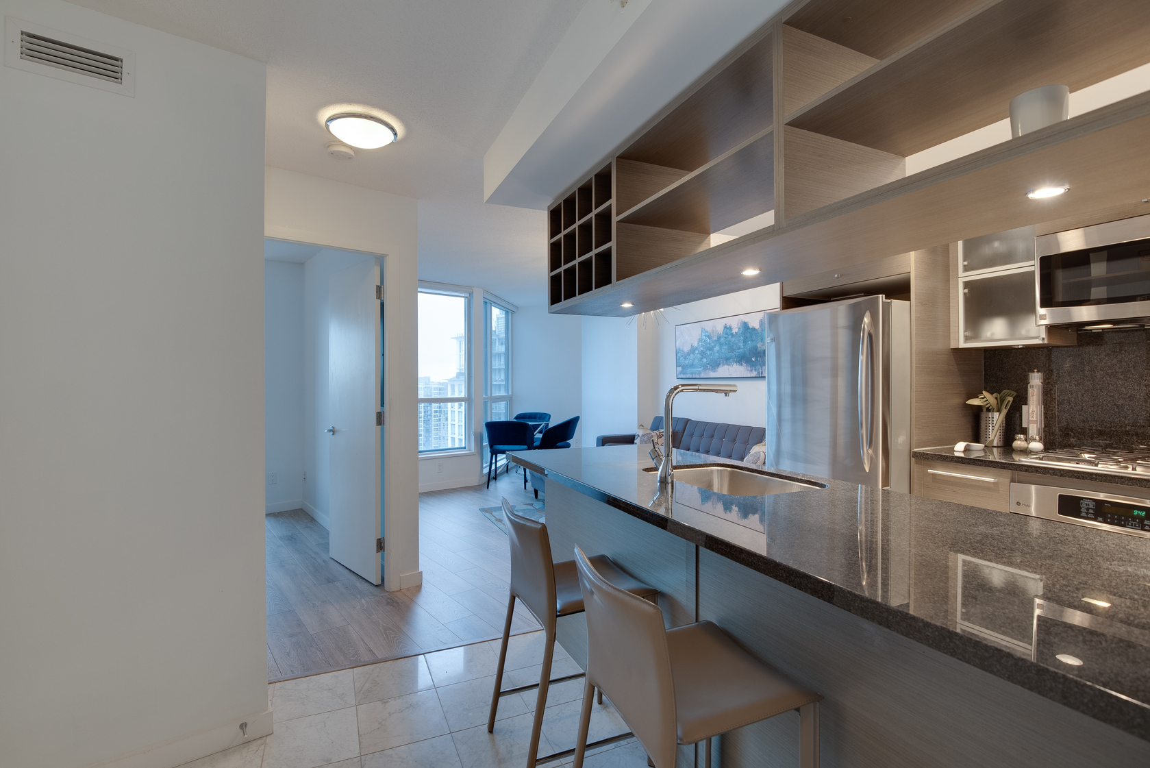 3 at 2704 - 833 Seymour Street, Downtown VW, Vancouver West