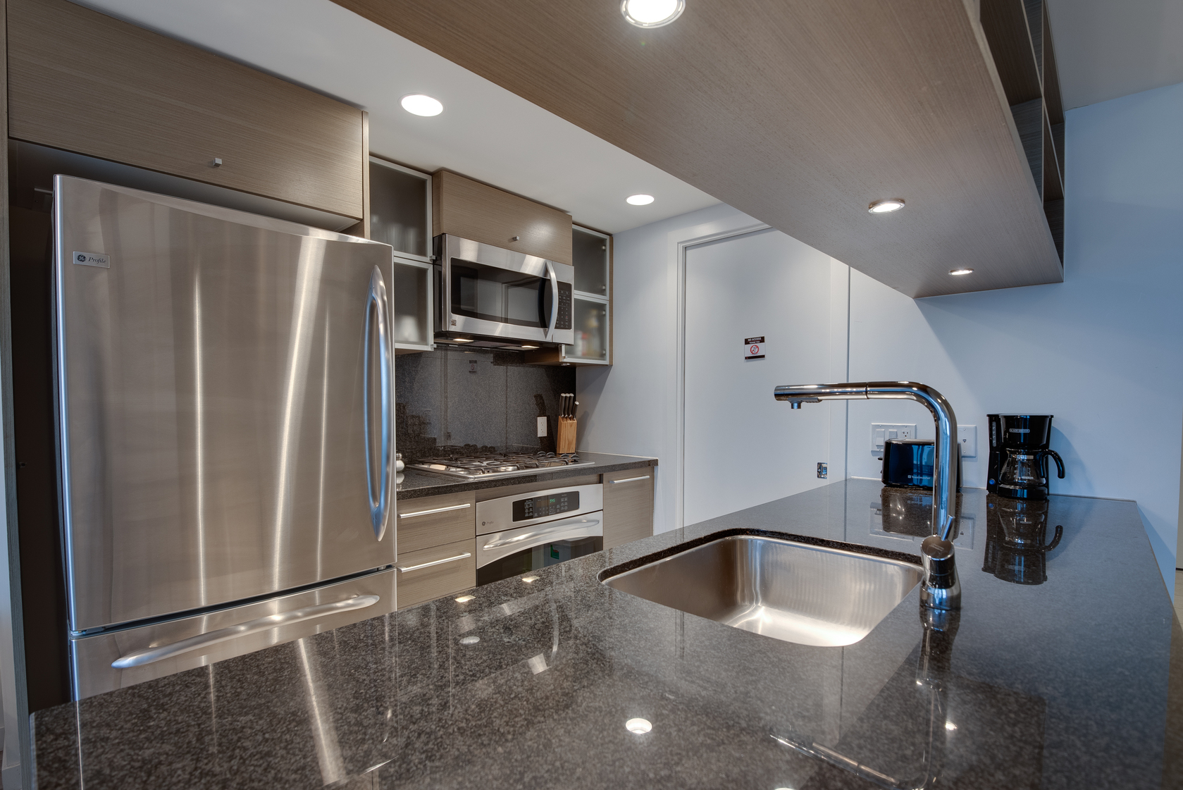 8 at 2704 - 833 Seymour Street, Downtown VW, Vancouver West