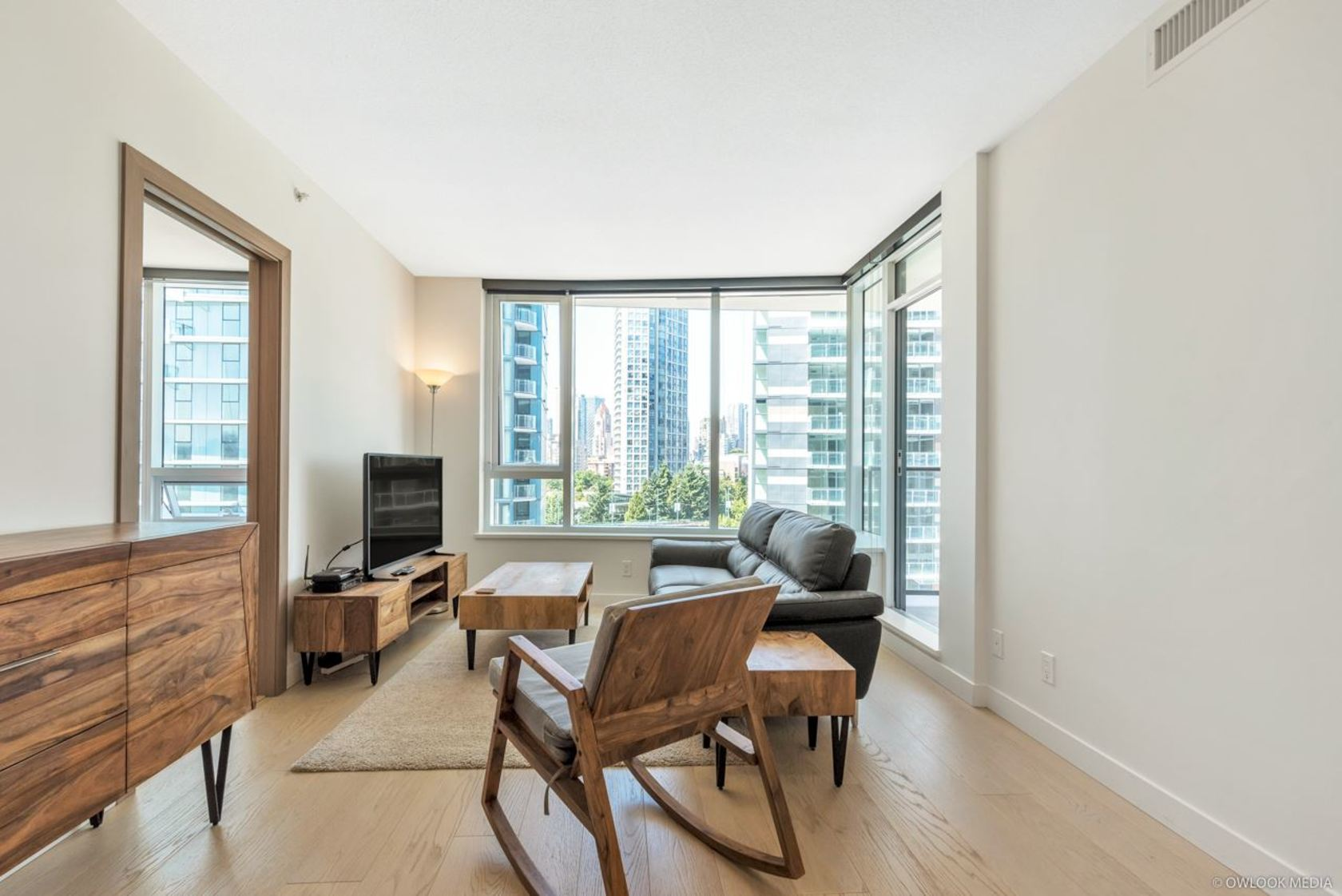 262443762-12 at 811 - 68 Smithe, Yaletown, Vancouver West