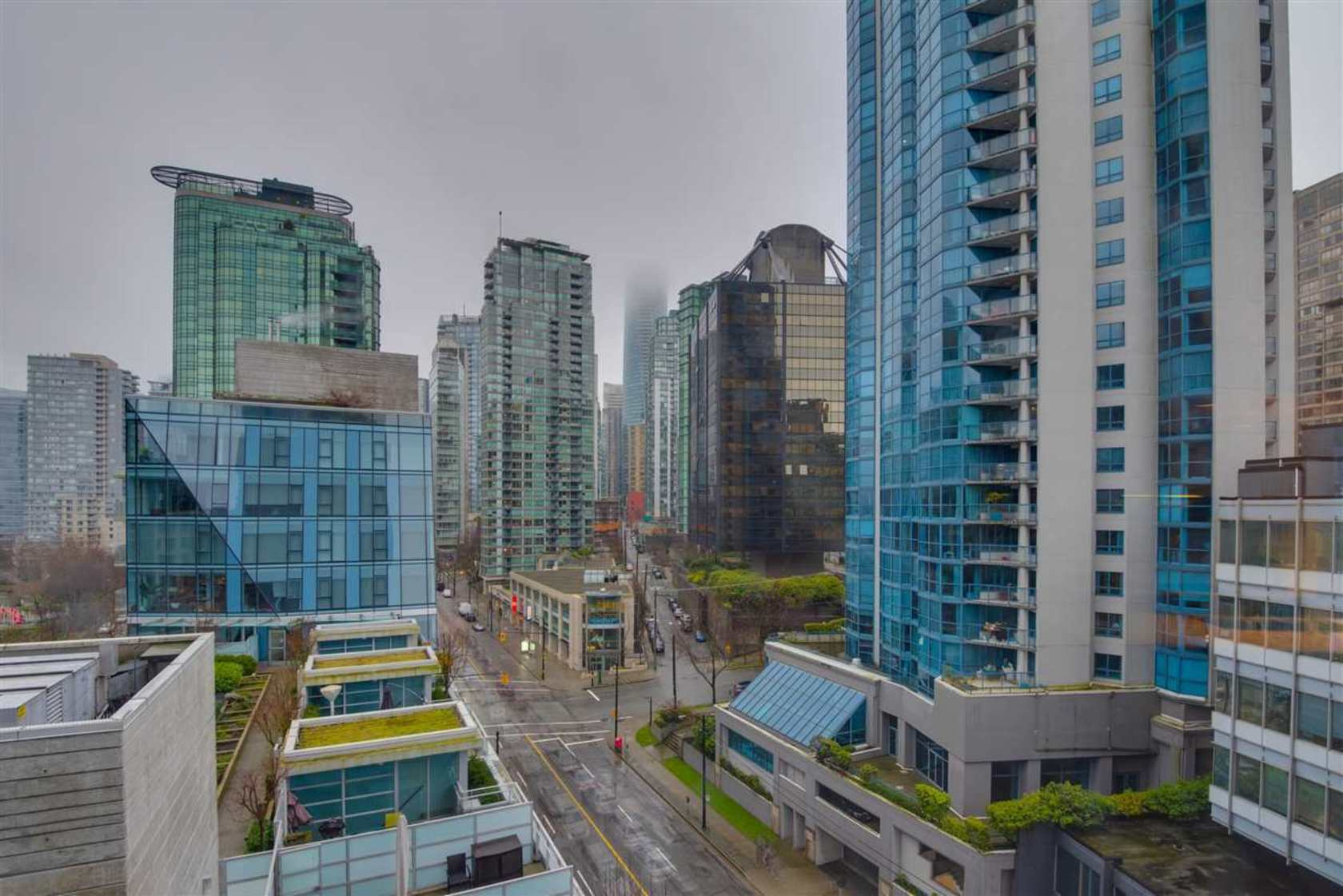 1499-w-pender-street-coal-harbour-vancouver-west-16 at 903 - 1499 W Pender Street, Coal Harbour, Vancouver West