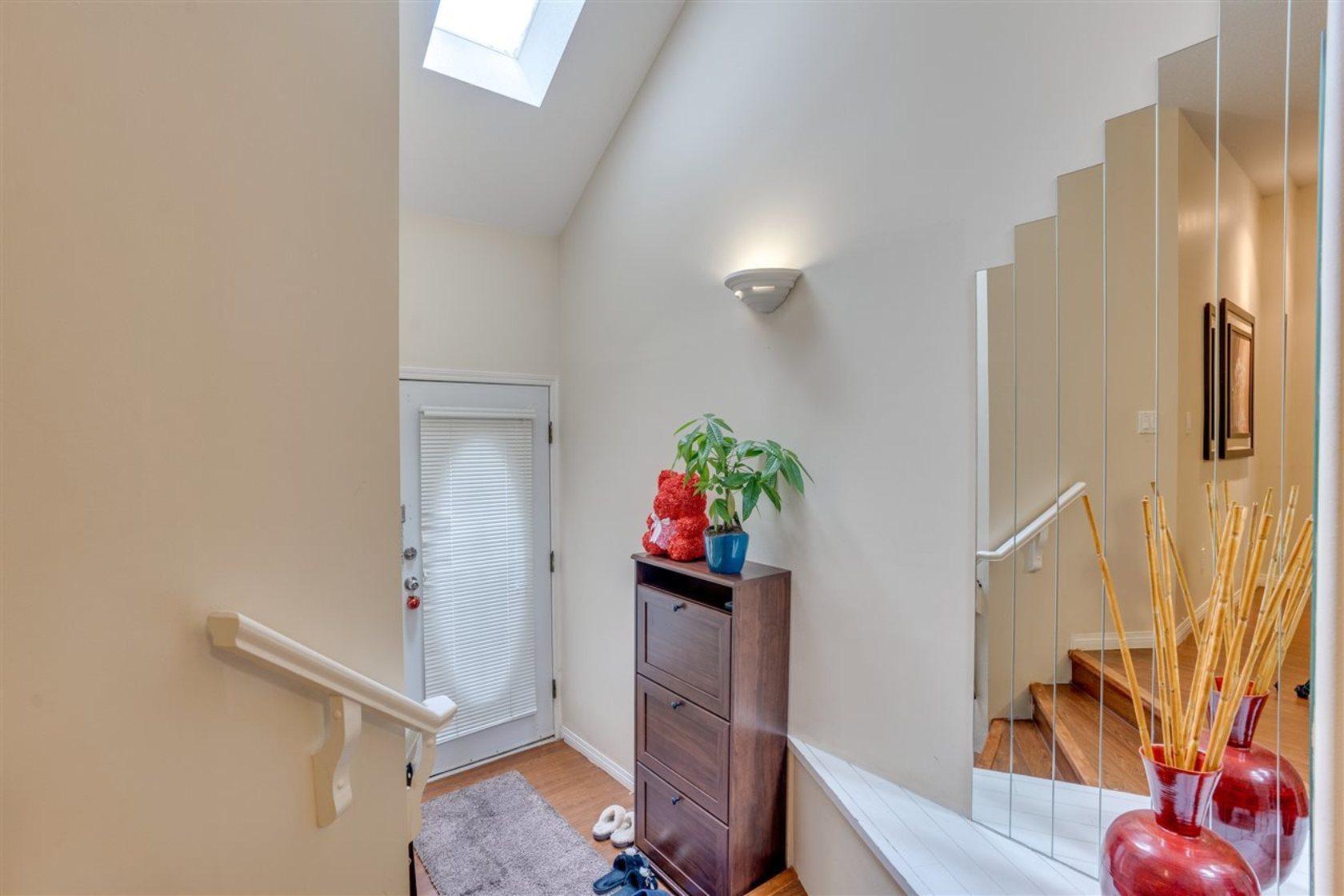 14788-105a-avenue-guildford-north-surrey-04 at 6 - 14788 105a Avenue, Guildford, North Surrey