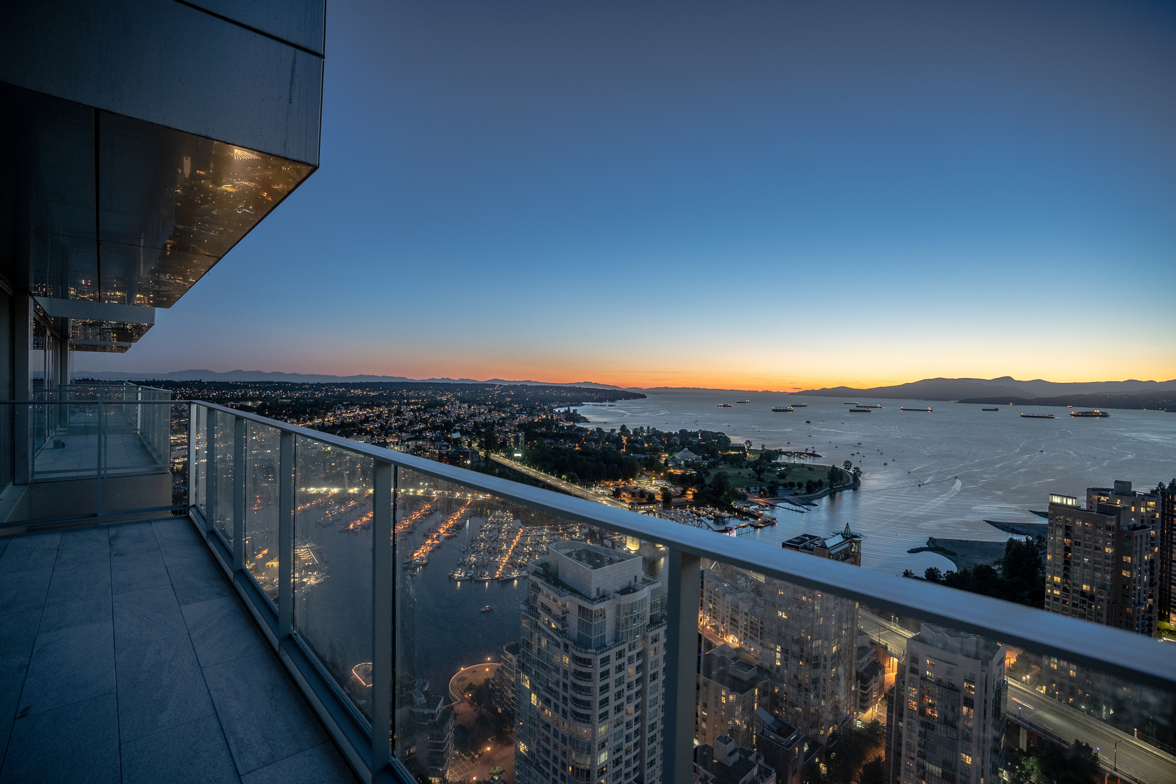 17 at 1480 Howe, Yaletown, Vancouver West