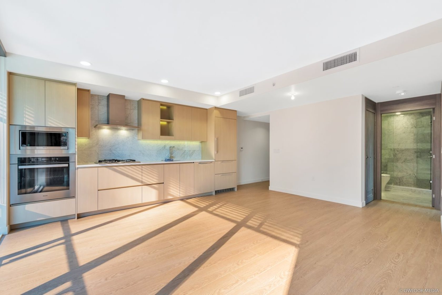 606-3 at 6th Floor - 89 Nelson Street, Yaletown, Vancouver West