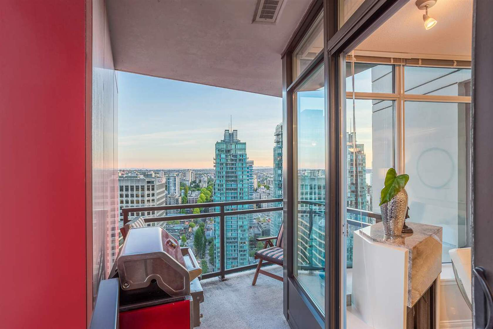 262190569-9 at 34th floor - 1211 Melville , Coal Harbour, Vancouver West