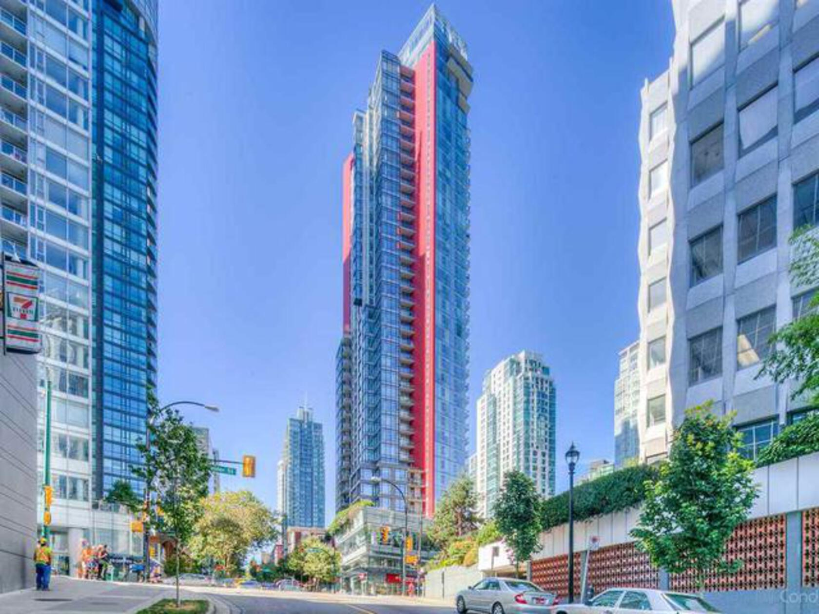 r2402816_1-640x480 at 34th floor - 1211 Melville , Coal Harbour, Vancouver West