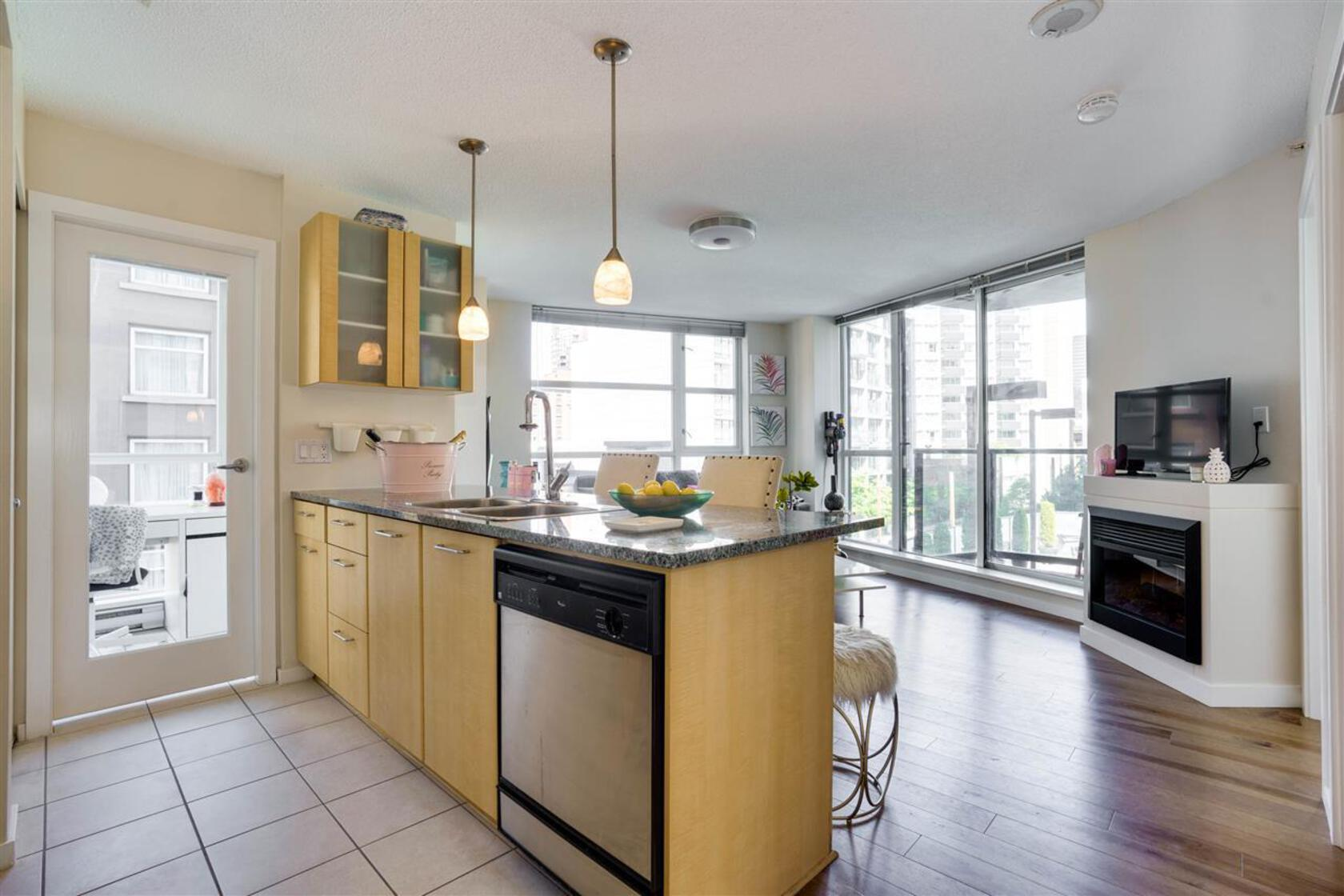 502 - 1199 Seymour Street, Downtown VW, Vancouver West
