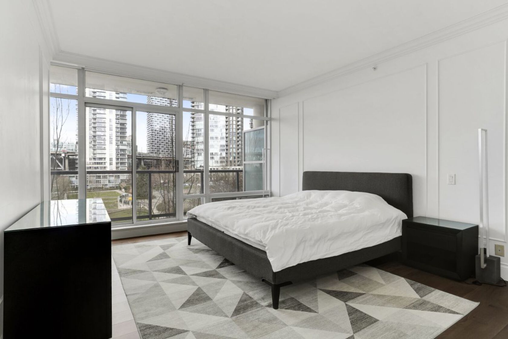 19 at 7th floor - 426 Beach Avenue, Yaletown, Vancouver West