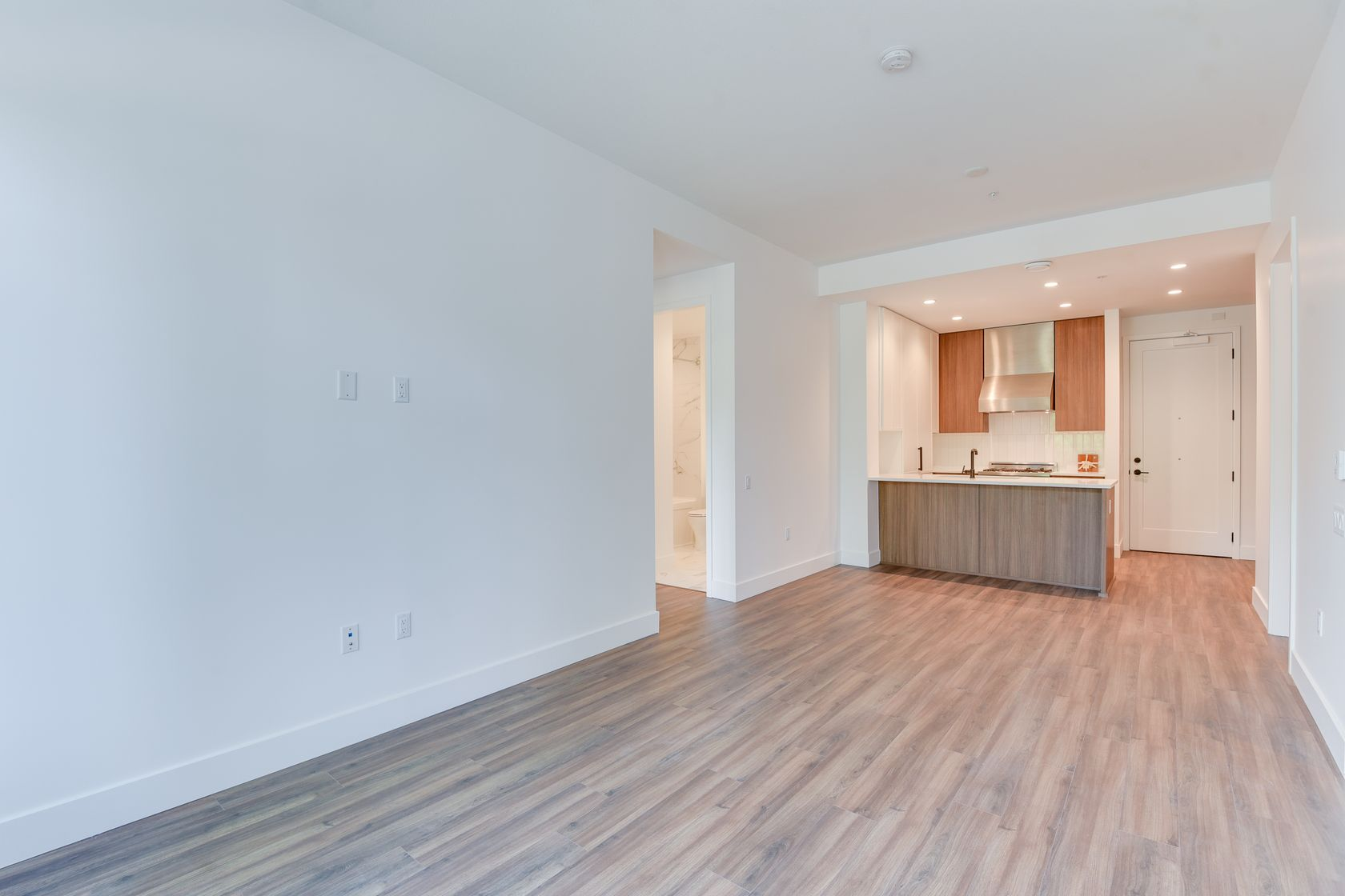 8 at 109 - 288 W King Edward, Cambie, Vancouver West
