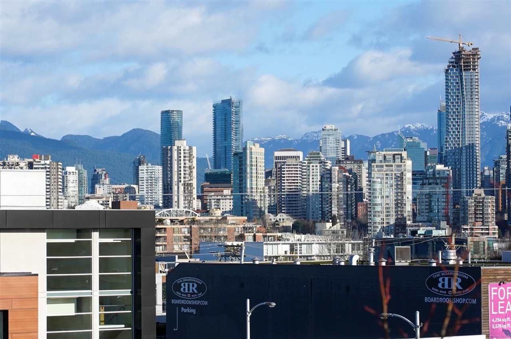 304 - 1819 W 5th Avenue, Kitsilano, Vancouver West