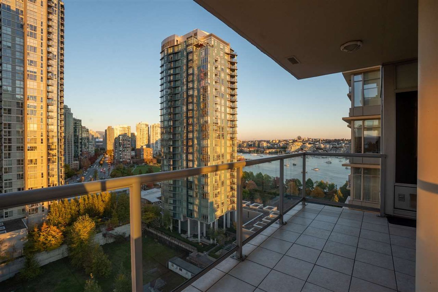 1803 - 428 Beach Crescent, Beach Crescent (Yaletown), Vancouver West