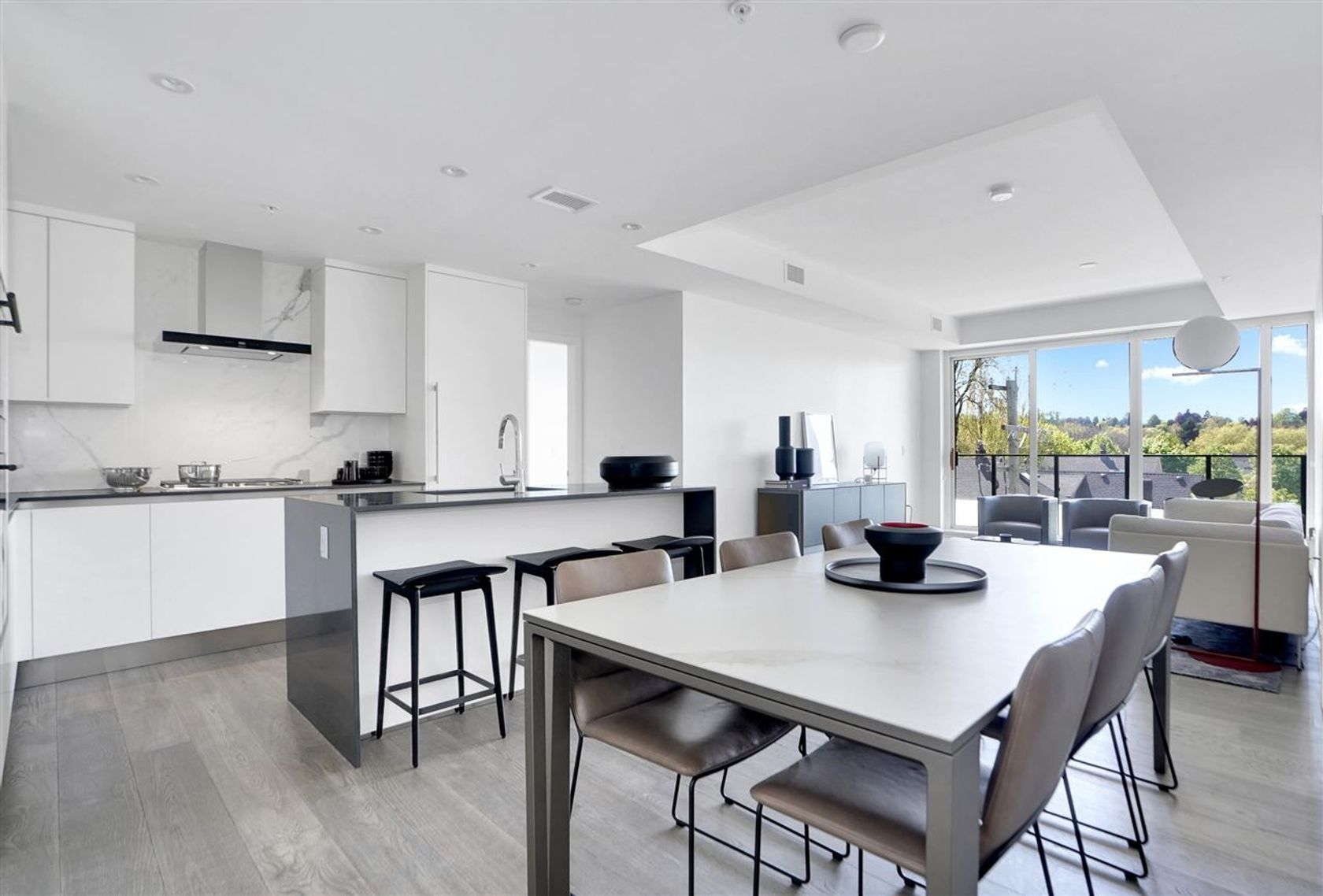 301 - 717 W 17th Avenue, Cambie, Vancouver West