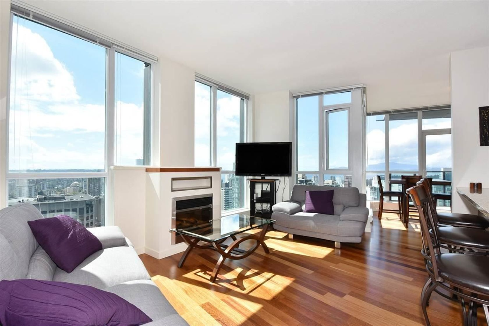 3704 - 1189 Melville Street, Coal Harbour, Vancouver West
