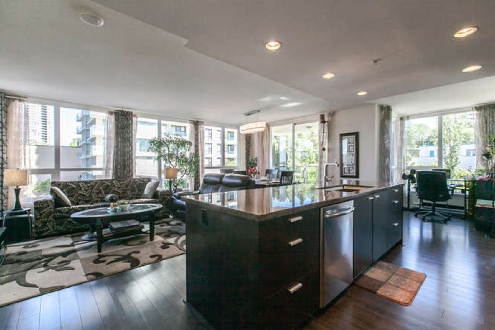 405 - 2232 Douglas Road, Brentwood Park, Burnaby North