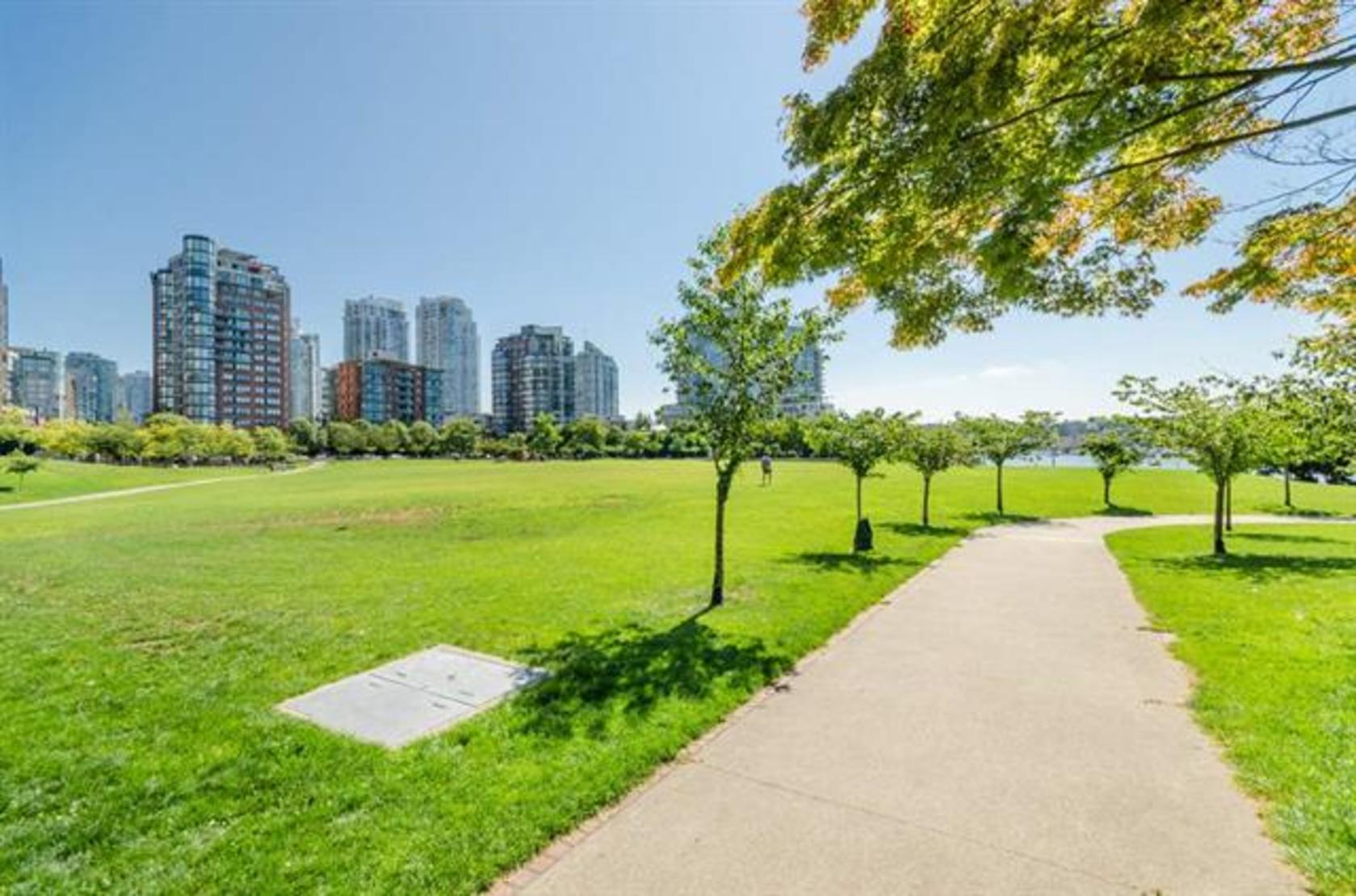 262125026-12 at 2106 - 388 Drake Street, Yaletown, Vancouver West