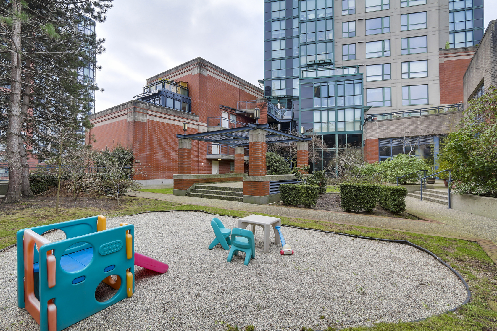 19 at 1501 - 289 Drake Street, Yaletown, Vancouver West