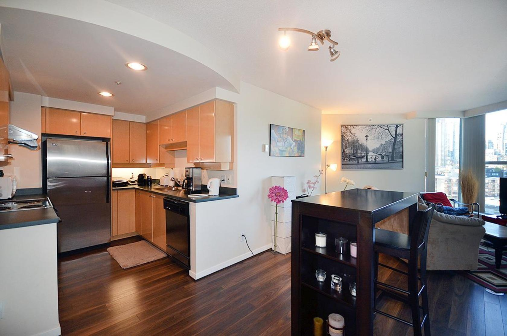 2.jpg at 1502 - 1009 Expo Boulevard, Yaletown, Vancouver West
