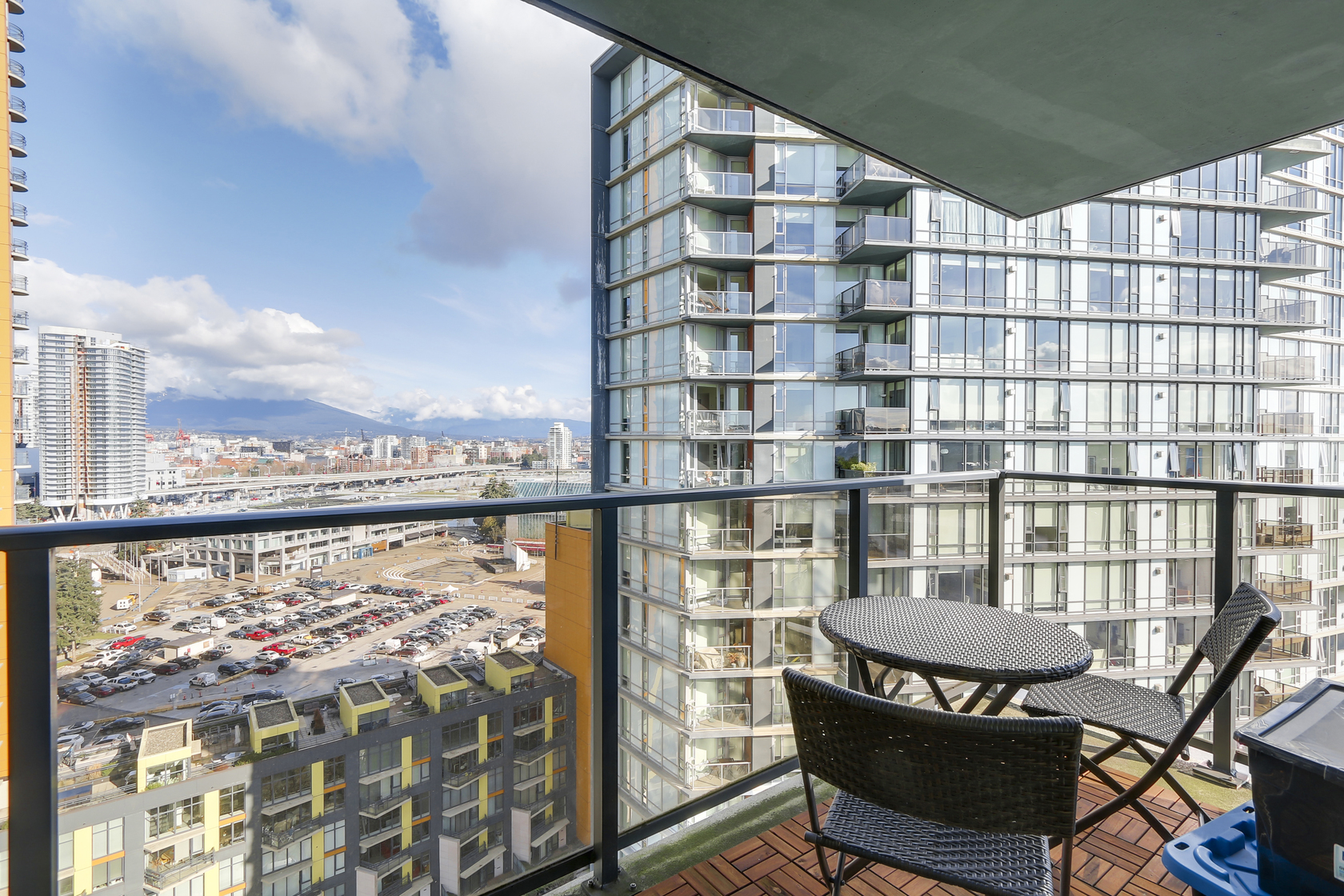 8 at 1903 - 918 Cooperage Way, Cooperage Park (Yaletown), Vancouver West
