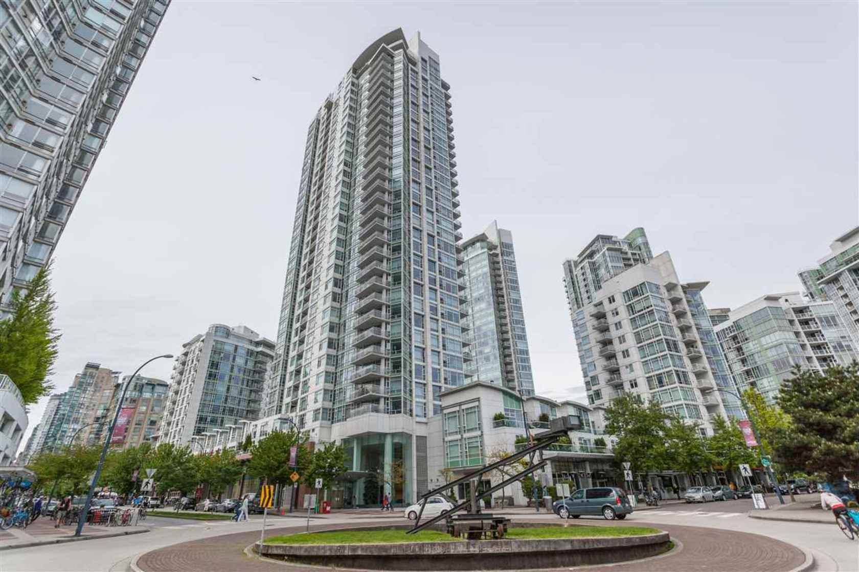 1199-marinaside-crescent-yaletown-vancouver-west-17 at 803 - 1199 Marinaside Crescent, False Creek-Yaletown (Yaletown), Vancouver West