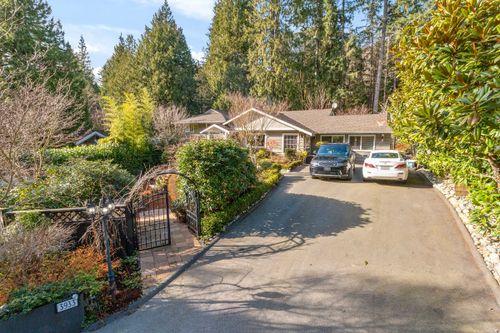 02 at 3933 Westridge Avenue, Bayridge, West Vancouver