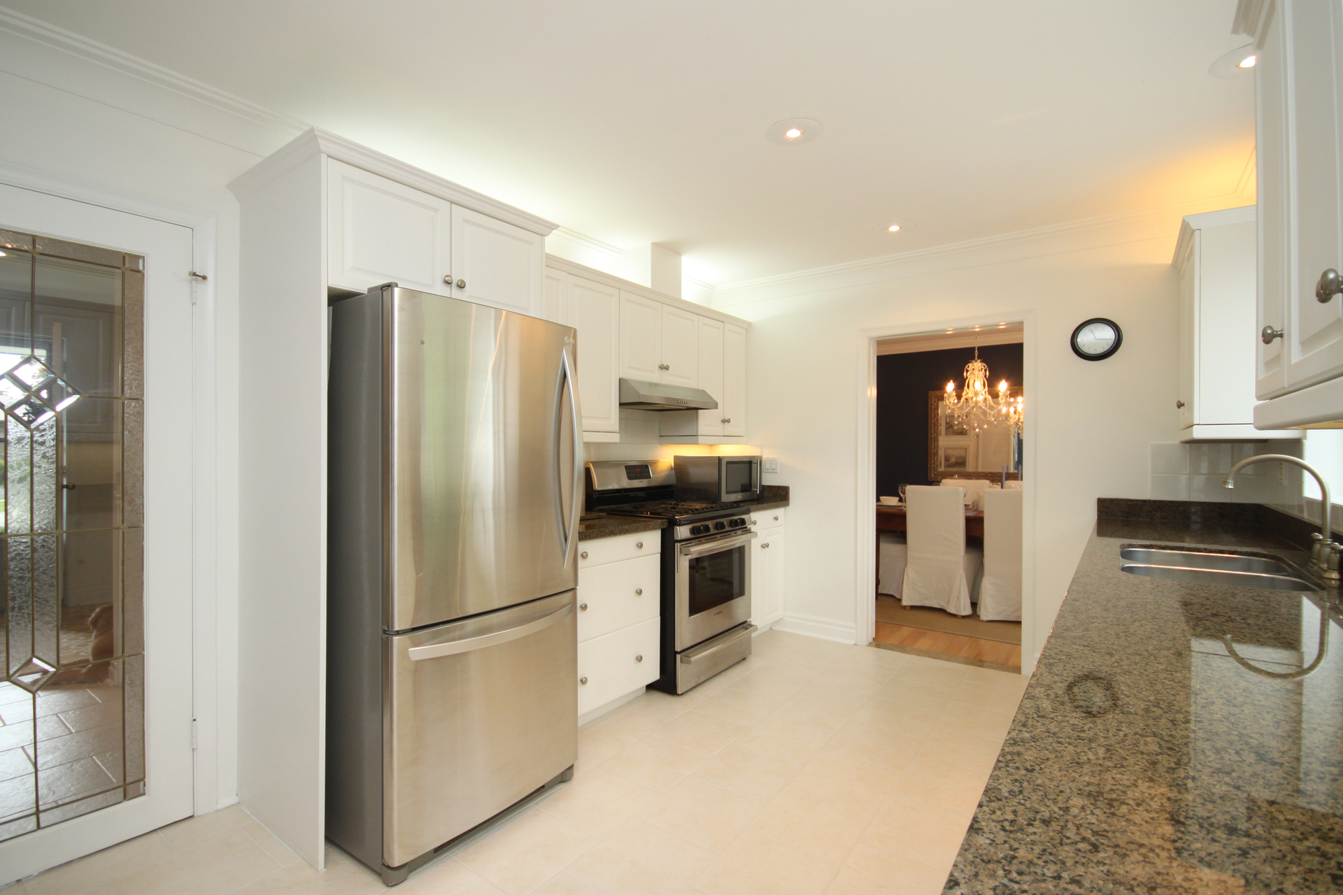 Kitchen at 6 Stubbs Drive, St. Andrew-Windfields, Toronto