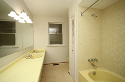 5 Piece Bathroom at 118 Cassandra Boulevard, Parkwoods-Donalda, Toronto