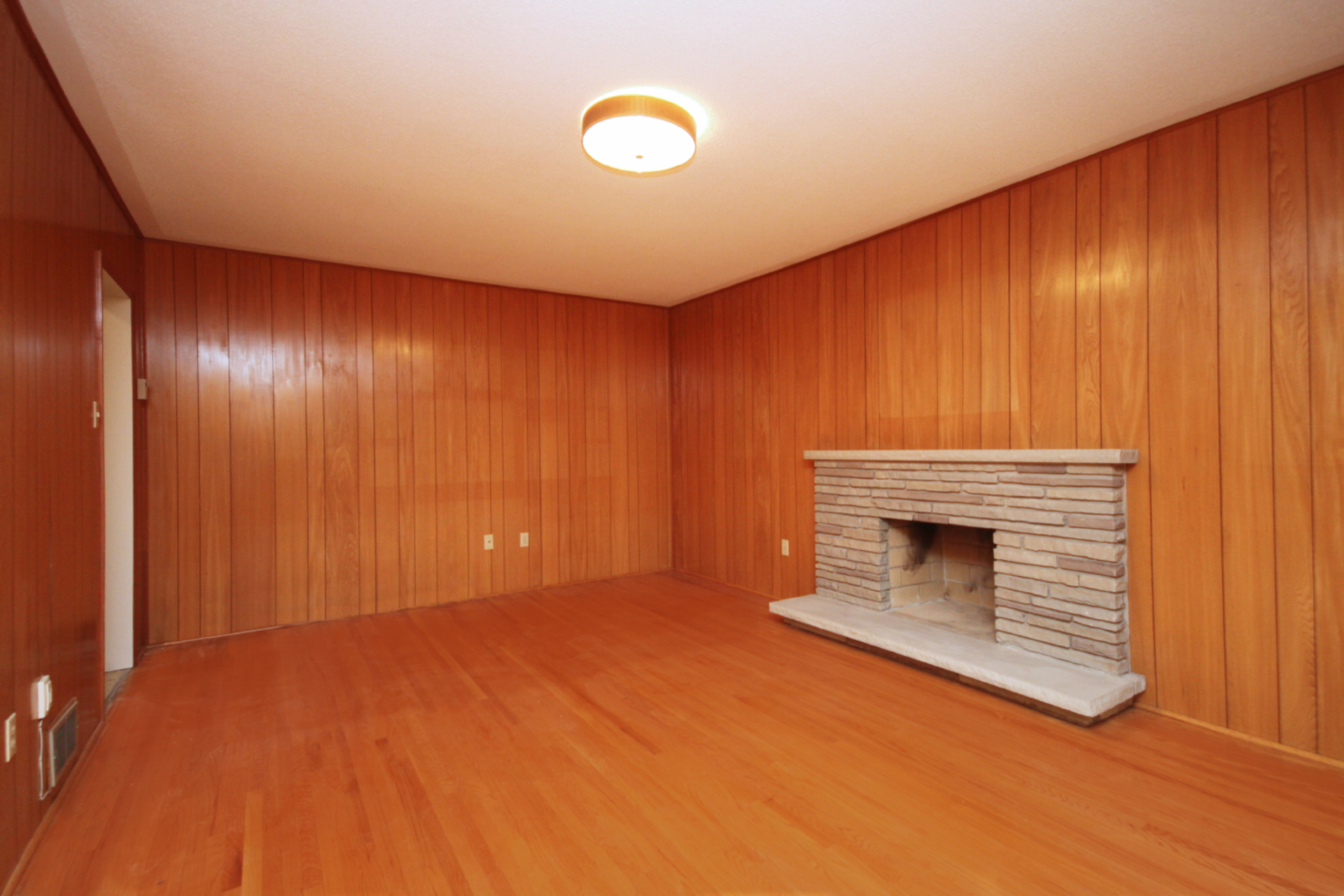 Family Room at 118 Cassandra Boulevard, Parkwoods-Donalda, Toronto