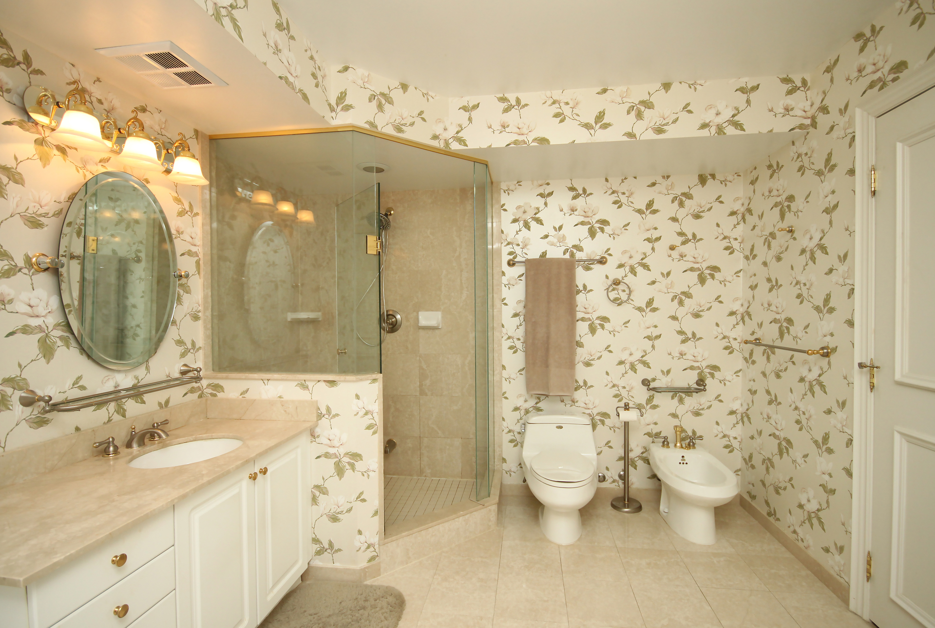 6 Piece Ensuite Bathroom at 430 - 3600 Yonge Street, Bedford Park-Nortown, Toronto