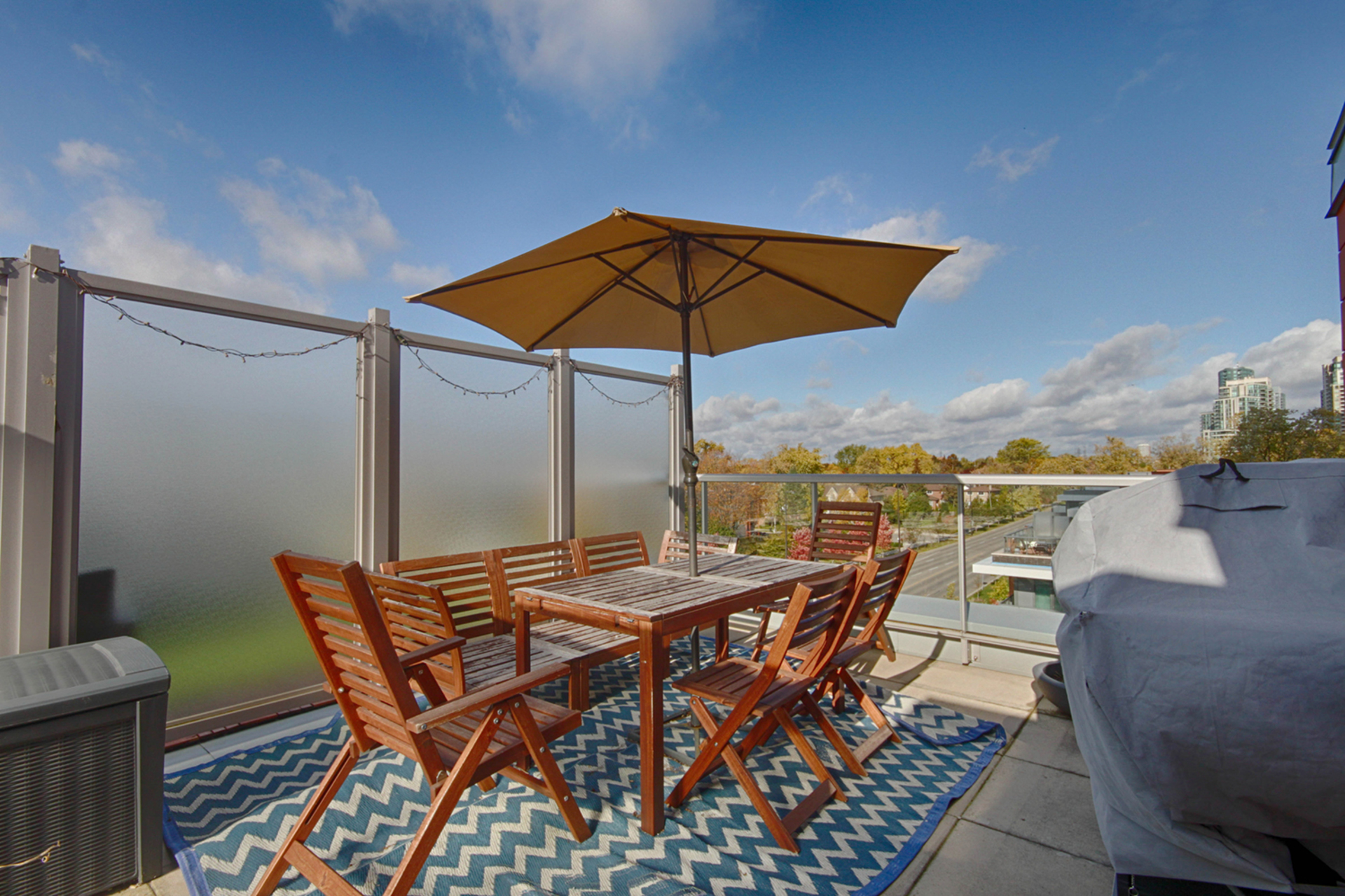 Rooftop deck at 505 - 30 Canterbury Place, Willowdale West, Toronto