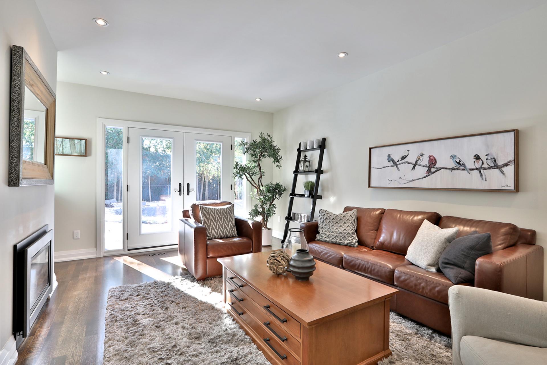Family Room at 2 Barnwood Court, Parkwoods-Donalda, Toronto