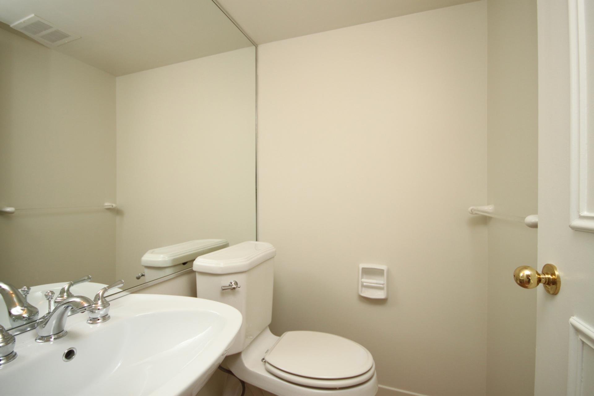 2 Piece Bathroom at 337 - 40 Oaklands Avenue, Yonge-St. Clair, Toronto