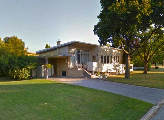 11 Belton Road, Banbury-Don Mills, Toronto 2