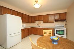 Kitchen at 17 Redwillow Drive, Parkwoods-Donalda, Toronto