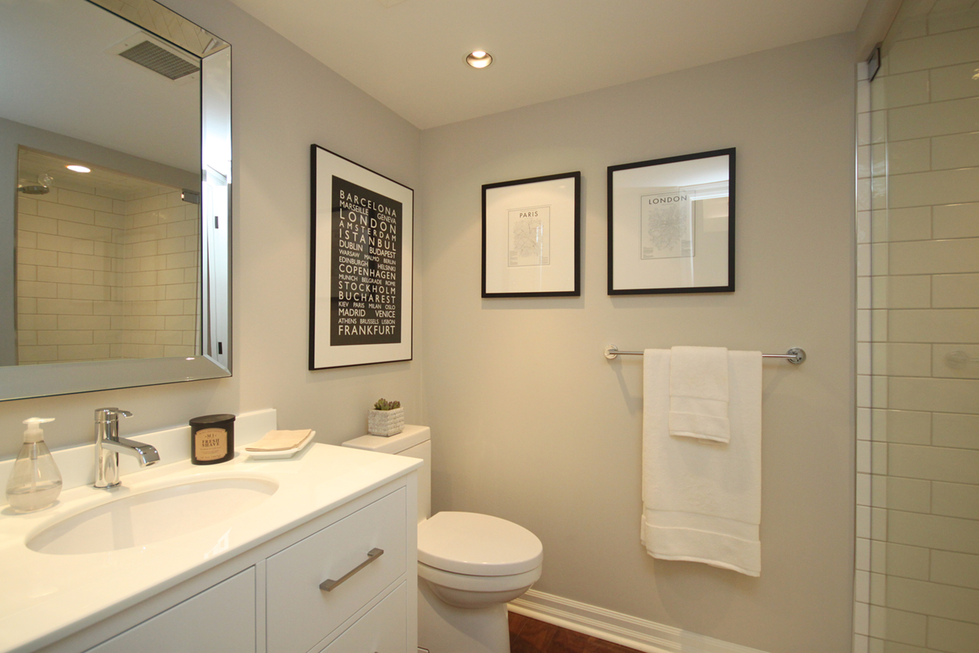 3 Piece Bathroom at PH9 - 2727 Yonge Street, Lawrence Park South, Toronto