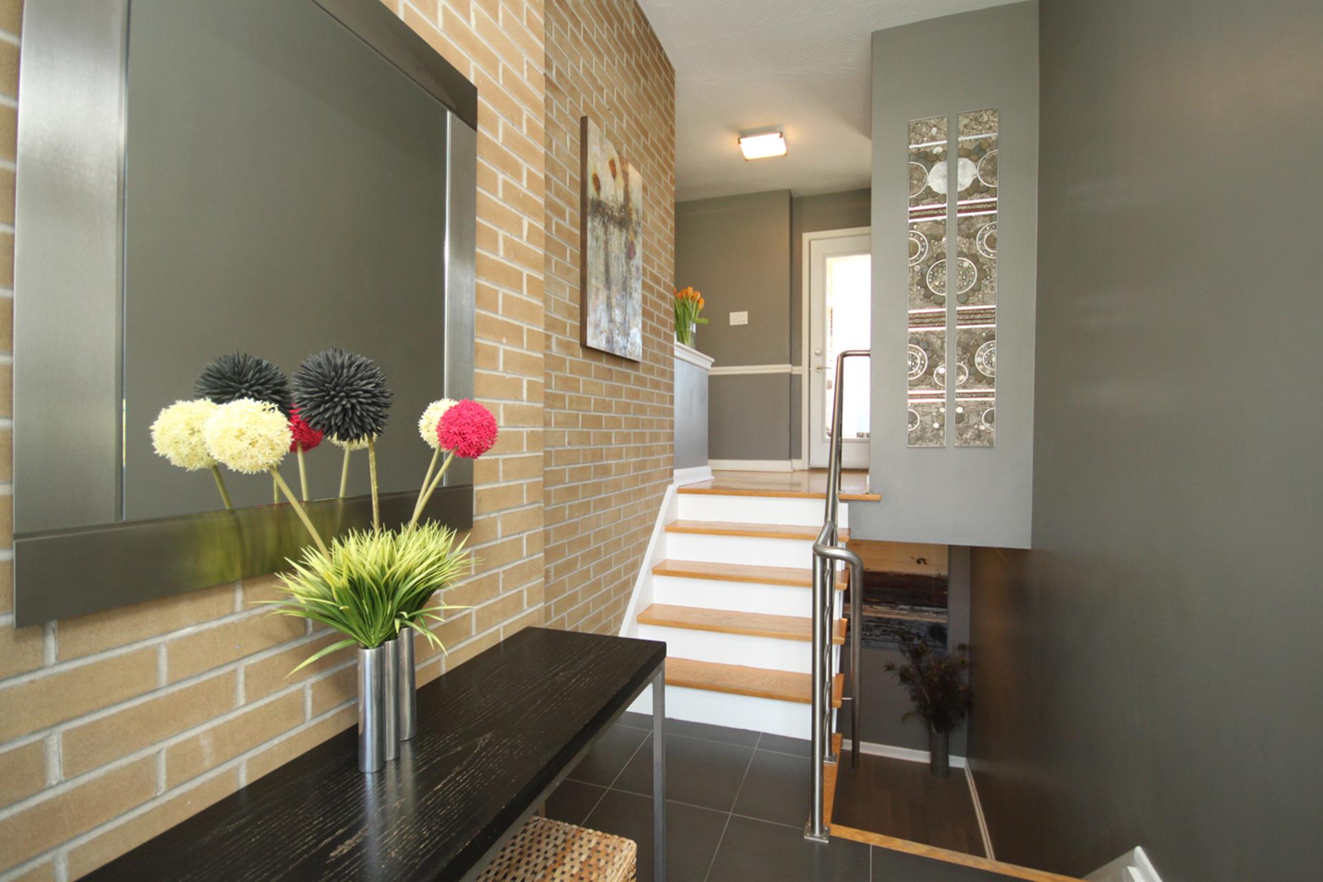 Foyer at 97 Castlegrove Boulevard, Parkwoods-Donalda, Toronto