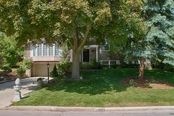 Front at 9 Sandpiper Court, Parkwoods-Donalda, Toronto