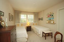 Bedroom at 9 Sandpiper Court, Parkwoods-Donalda, Toronto
