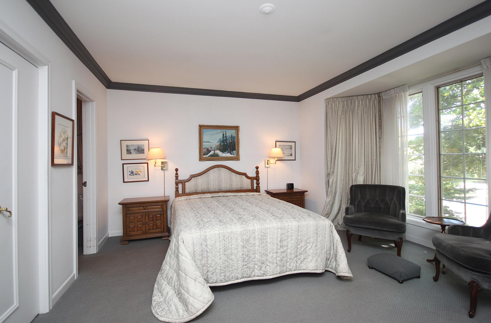 Master Bedroom at 9 Sandpiper Court, Parkwoods-Donalda, Toronto