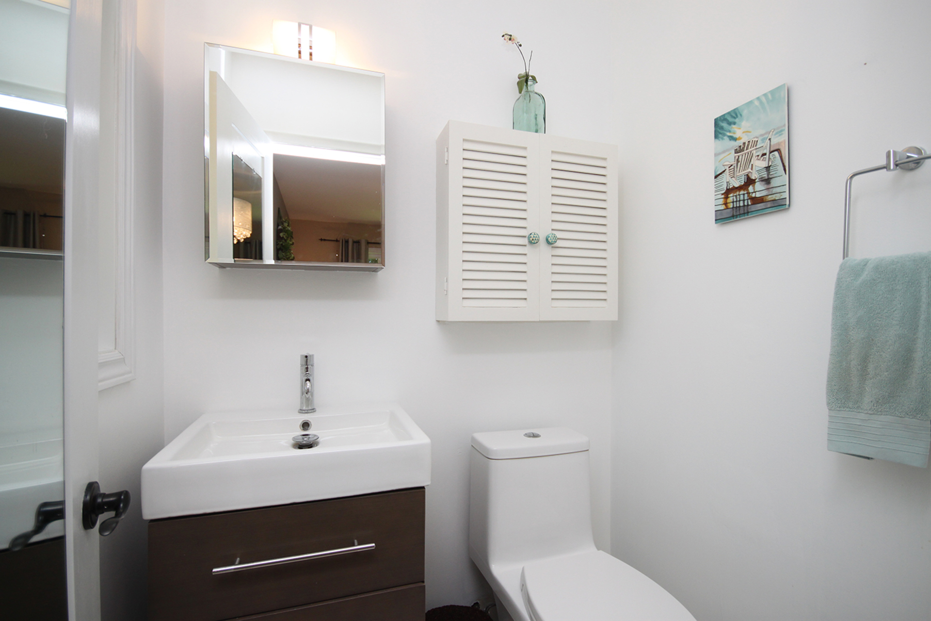 2 Piece Ensuite Bathroom at 25 Dunlace Drive, St. Andrew-Windfields, Toronto