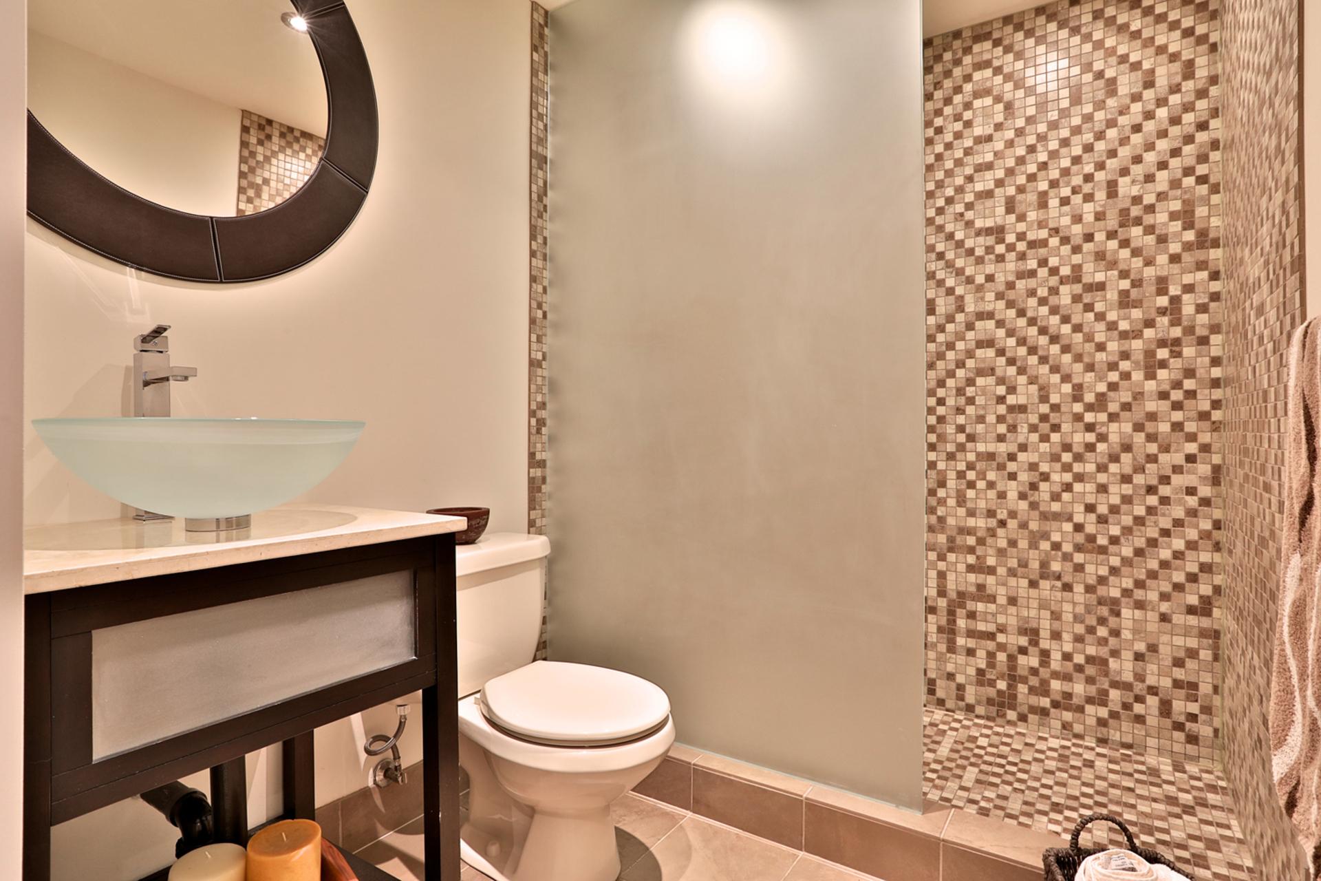 3 Piece Bathroom at 64 Olsen Drive, Parkwoods-Donalda, Toronto