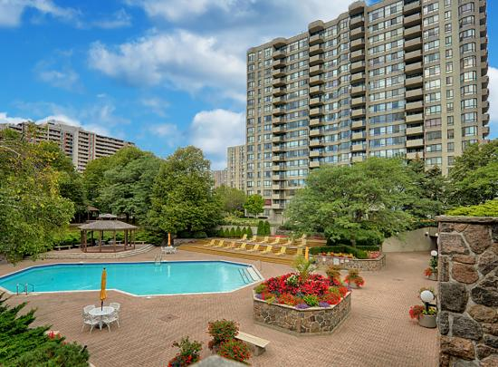606 - 275 Bamburgh Circle, Steeles, Toronto 2